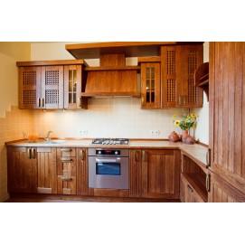 Кухня з натурального дерева
